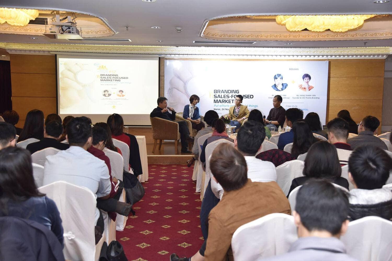 Tư vấn chiến lược thương hiệu - marketing cho bệnh viện Bắc Hà tại sự kiện VMCC