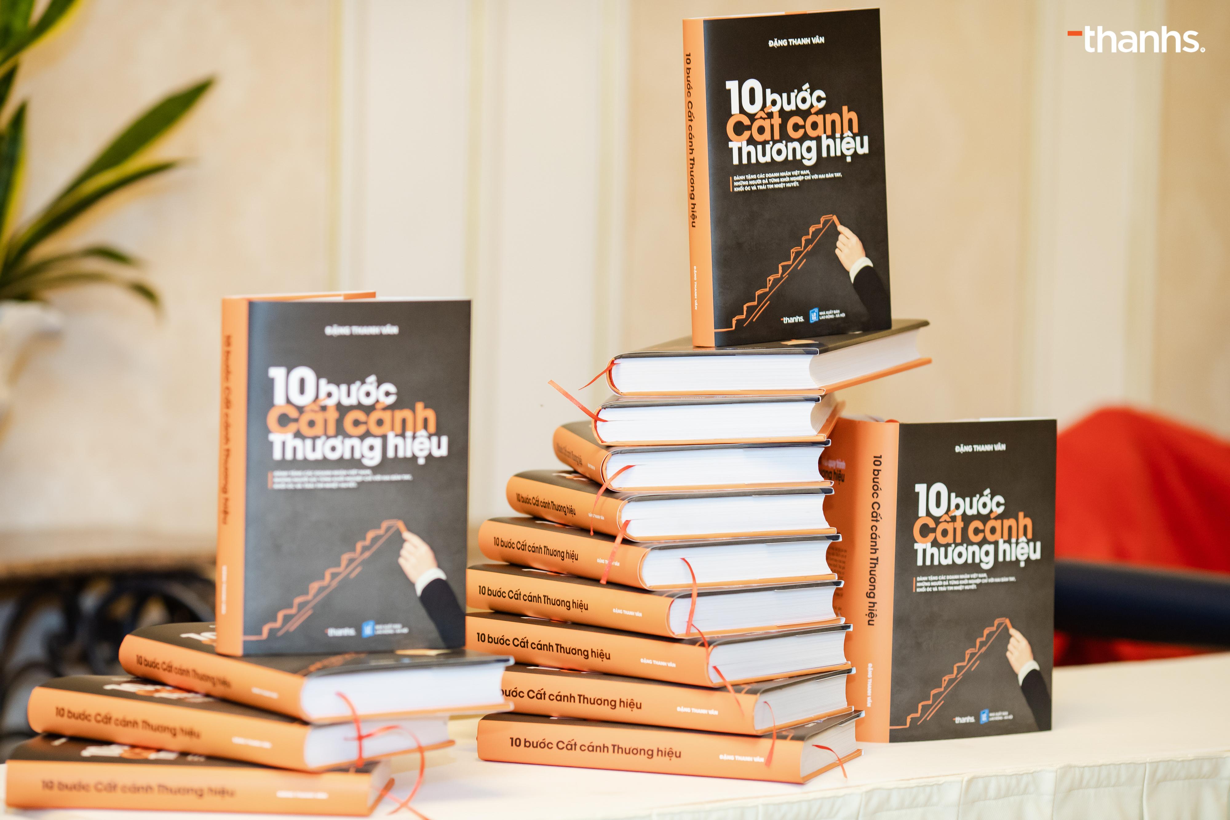 Sách 10 Bước Cất cánh Thương hiệu - Phiên bản 2020